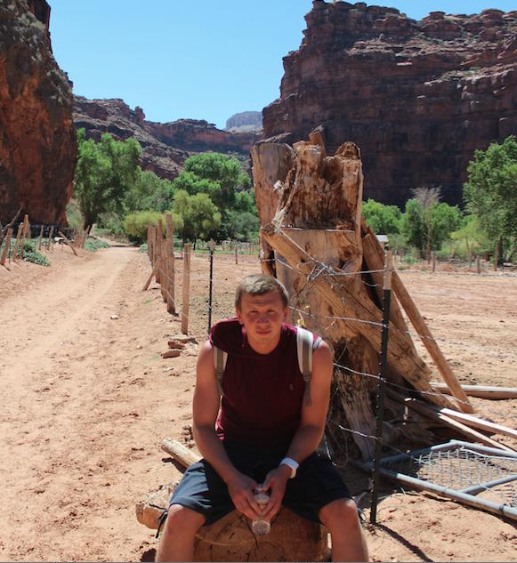 Артур Нугуманов в Аризоне, США. Короткий отдых на пути к водопаду Хавасу