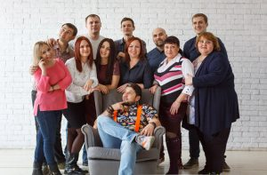 "Дмитрий Пангаев (в центре) и команда ""Бубуки"""
